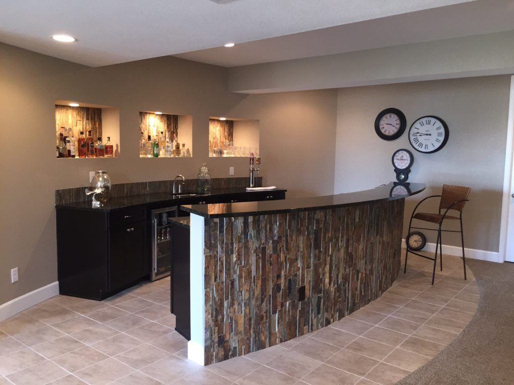 Curved Island Wet Bar